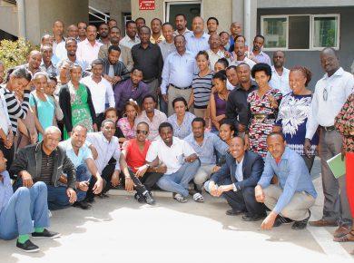 Senior-procurement-managers-after-training-on-procurement-audit-390x290